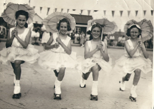 Margaret Brooks Group Dancers with Parasols | Photo supplied by Margaret Brooks