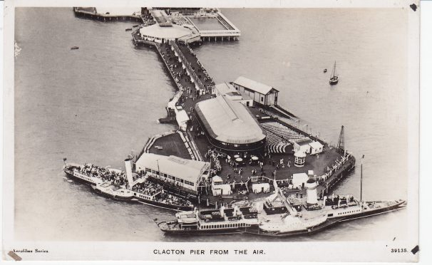 Aerial photo of Two Paddle Steamers at Clacton Pier | Sourced by Roger Kennell, Clacton & District Local History Society